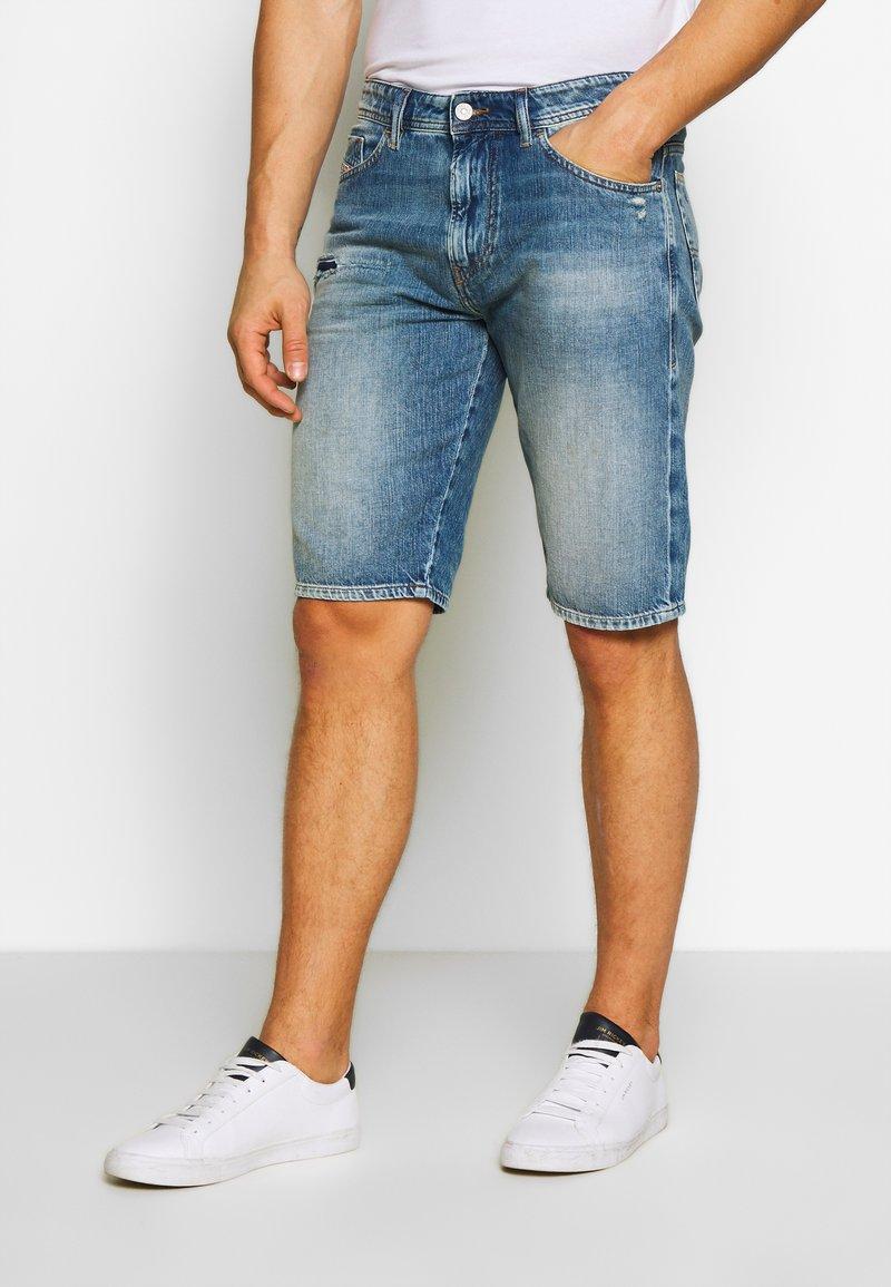Diesel - THOSHORT - Szorty jeansowe - dark blue denim