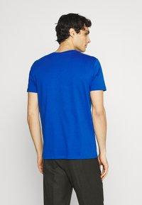 Marc O'Polo - SHORT SLEEVE - Print T-shirt - blue - 2