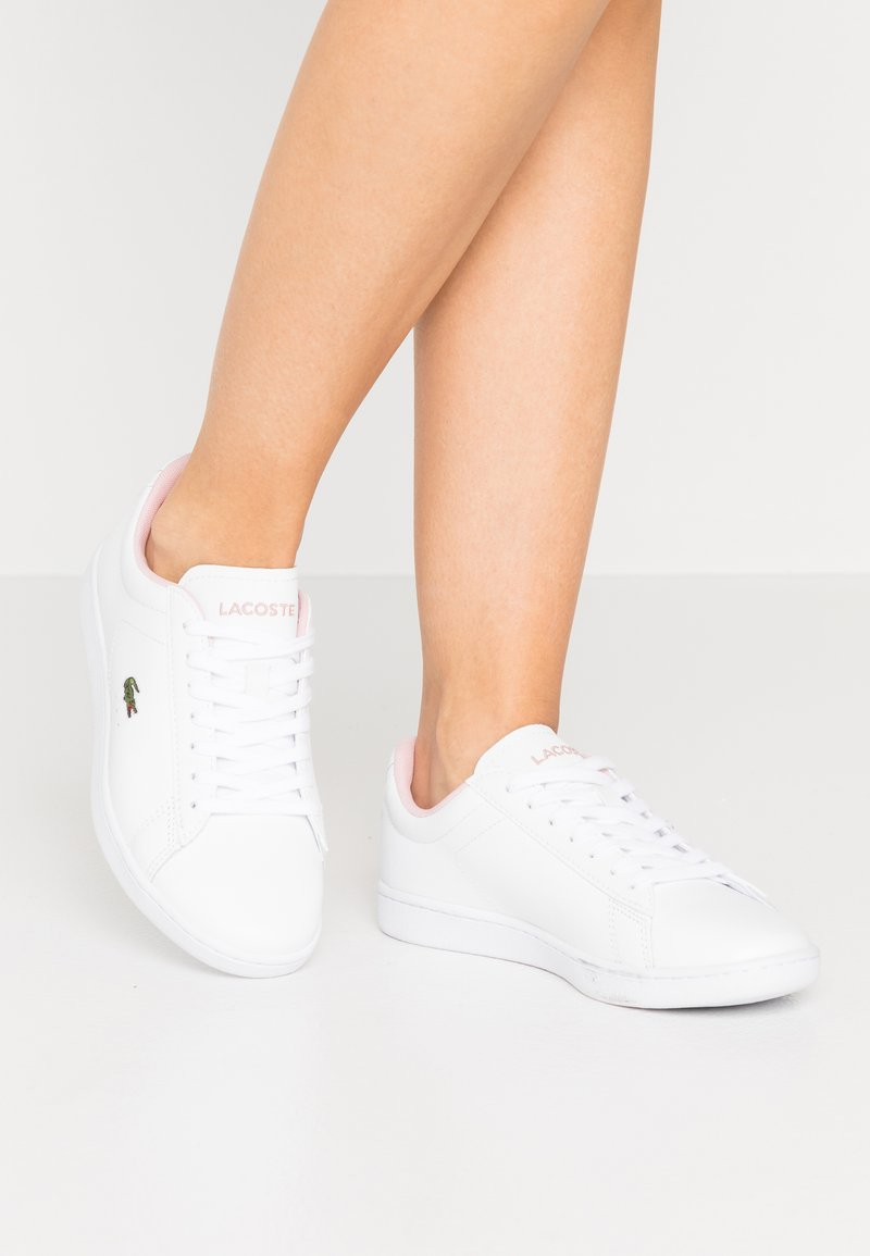 Lacoste - CARNABY EVO  - Trainers - white/light pink