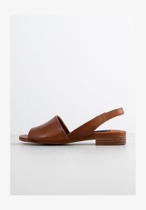 Sandals - terra