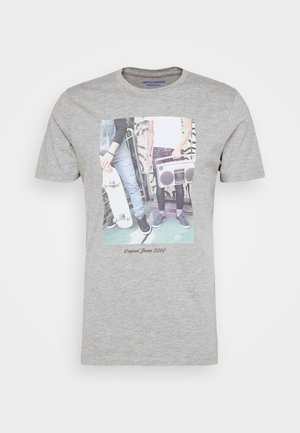 JORCLOSEUP  - Print T-shirt - light grey melange