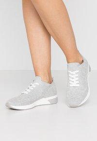 LOVE OUR PLANET by MARCO TOZZI - Sneakers laag - light grey - 0