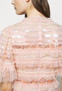 Needle & Thread - ARIANA SEQUIN GOWN - Festklänning - seashell - 6