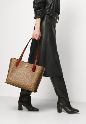 SIGNATURE WILLOW TOTE - Tote bag - tan