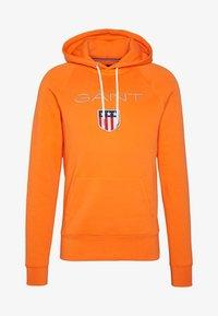 GANT - SHIELD HOODIE - Hoodie - sunny orange - 3