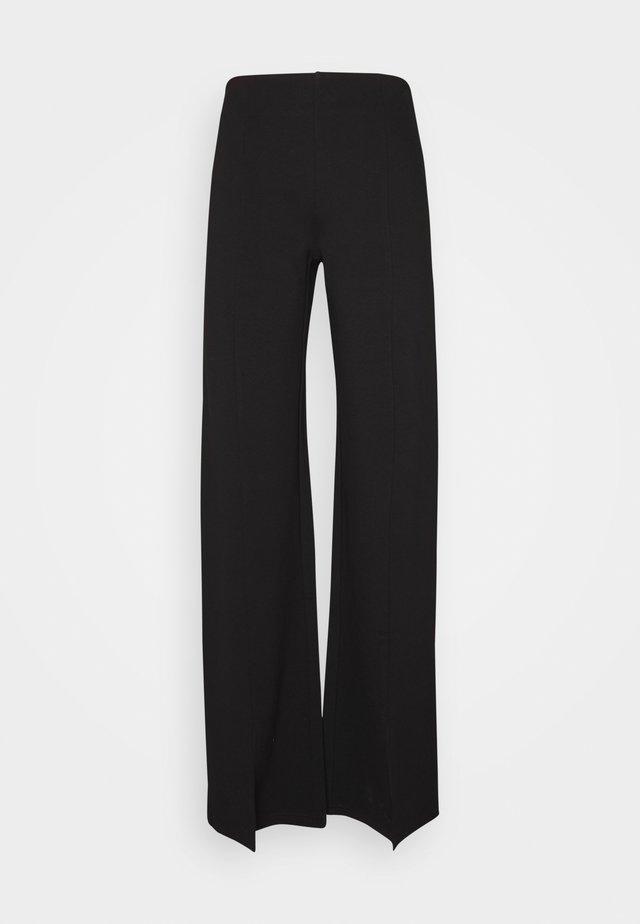 NMSKYLER SLIT  PANTS  - Broek - black