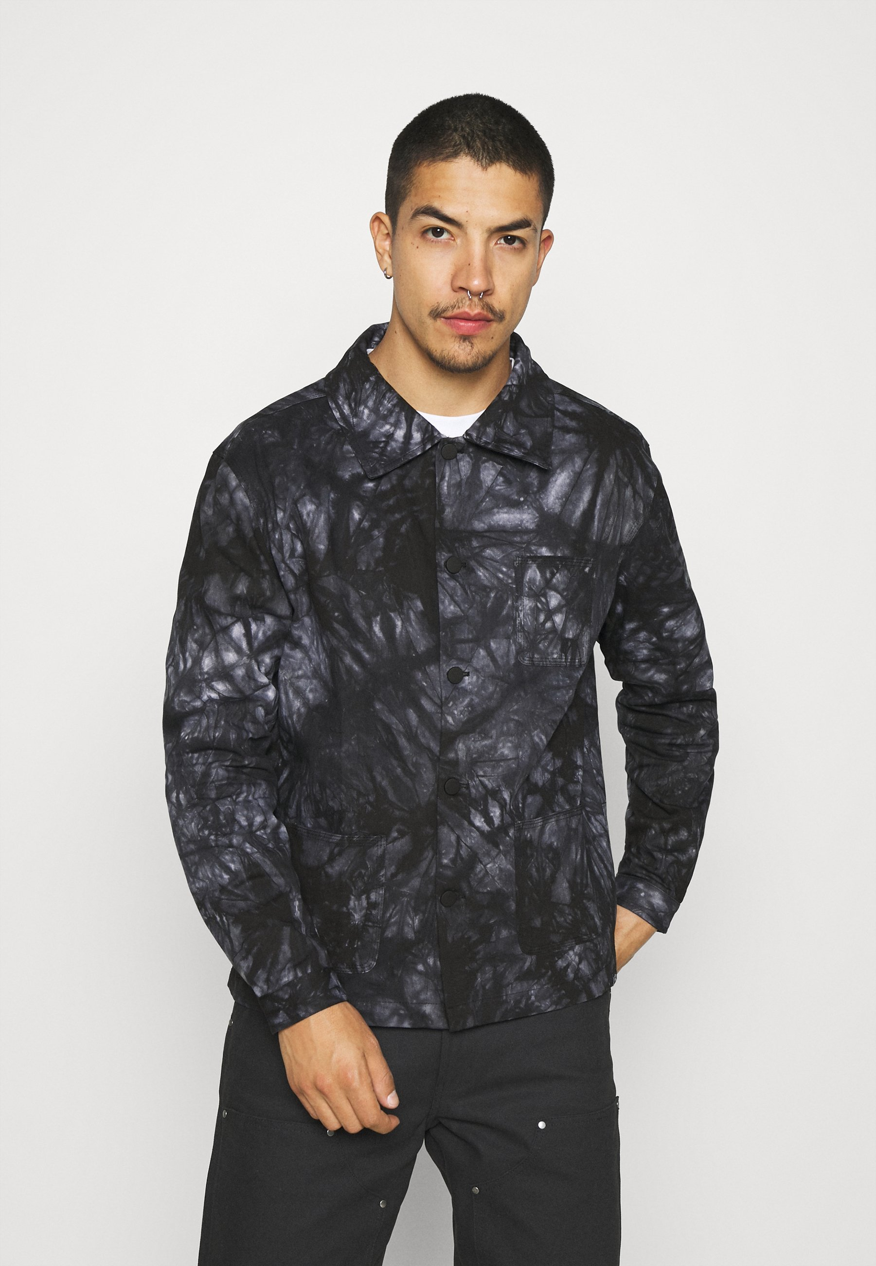 Men TYE DYE CHORE JACKET - Summer jacket