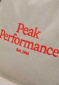 Peak Performance - BACKPACK UNISEX - Rucksack - celsian beige - 4