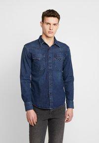 Levi's® - BARSTOW WESTERN SLIM - Košile - dark worn - 0