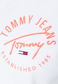 Tommy Jeans - Long sleeved top - white - 4