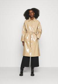 Bruuns Bazaar - JOSETTE GABY COAT - Short coat - roasted grey khaki - 0