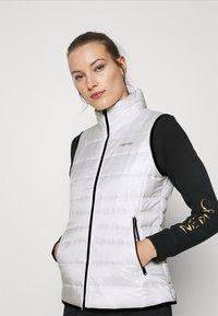 Calvin Klein - Waistcoat - offwhite - 3