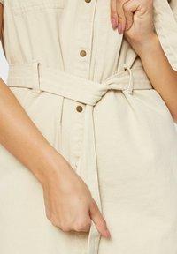 Pieces - Denim dress - almond milk - 4