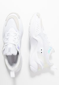 Puma - RISE GLOW  - Trainers - white - 3