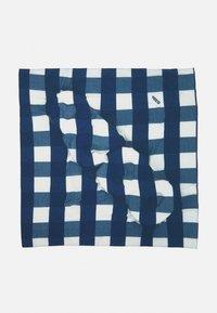 032c - BANDANA UNISEX - Galvas lakats - white/blue - 4
