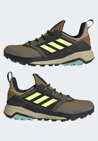adidas Performance - TERREX TRAILMAKER BLUE HIKING SHOES - Fjellsko - wild moss/hi-res yellow/halo gold - 3