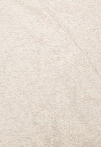 Gap Tall - WRAP - T-shirts med print - oatmeal heather - 5