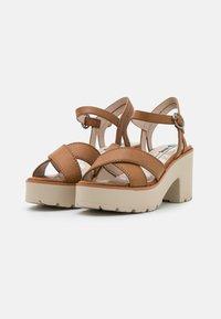 mtng - EMELINE - Platform sandals - marron - 2