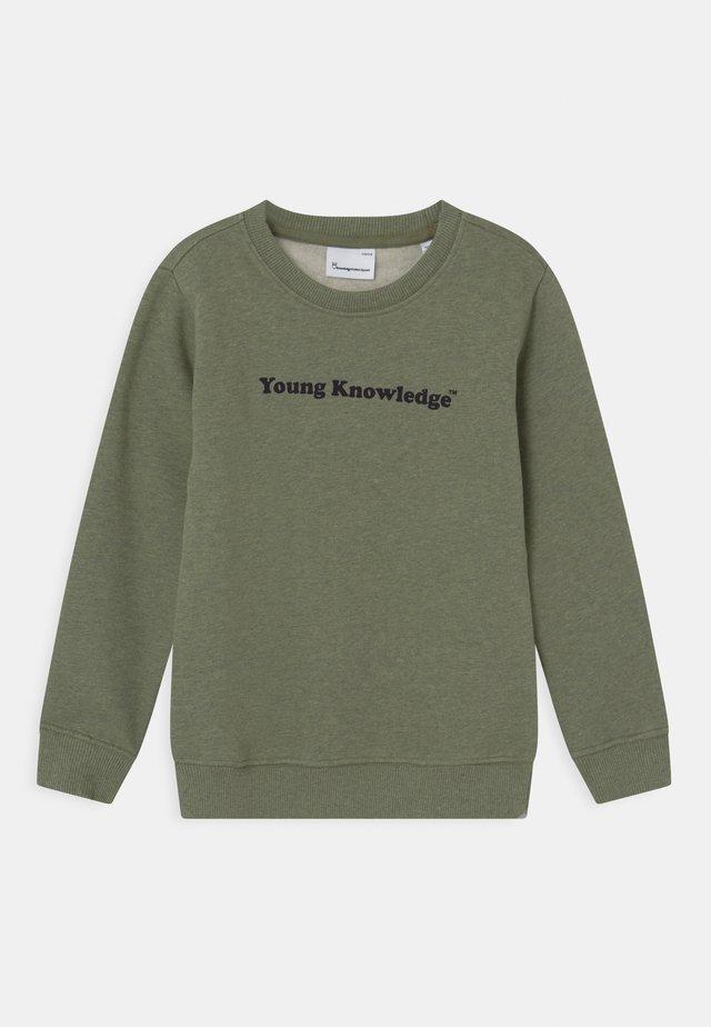 LOTUS YOUNG KNOWLEDGE - Sweatshirt - sage melange