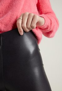 Tezenis - Leggings - Trousers - schwarz  - grey/black - 2