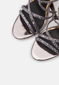 Buffalo - MERCY - Sandály na vysokém podpatku - pewter - 5