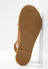 Inuovo - Sandals - mntrl cocconut ncc - 6