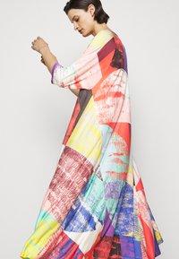 Henrik Vibskov - PULSE DRESS - Vestido informal - blurry lights print - 4
