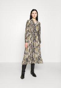 Vila - VIJEMO MIDI DRESS - Day dress - birch/kallia - 0
