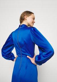 Closet - HIGH COLLAR A-LINE DRESS - Cocktail dress / Party dress - cobalt - 4