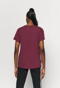 Under Armour - PROJECT ROCK - Camiseta estampada - level purple - 2