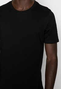 Jack & Jones - T-shirt - bas - black - 4