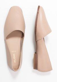 ALDO - BLANCA - Nazouvací boty - bone - 3