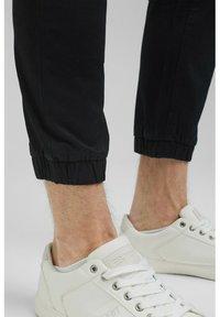 Esprit Collection - FASHION - Tracksuit bottoms - black - 6