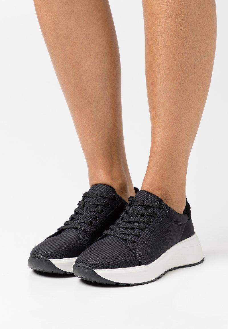 Vagabond - JANESSA - Sneakers - black