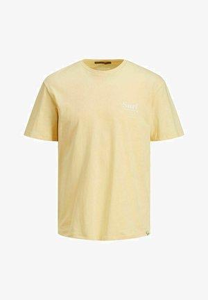 T-shirt med print - sahara sun