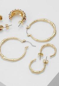 Pieces - Korvakorut - gold-coloured - 2