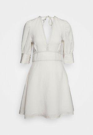 LUNA - Day dress - seedpearl white