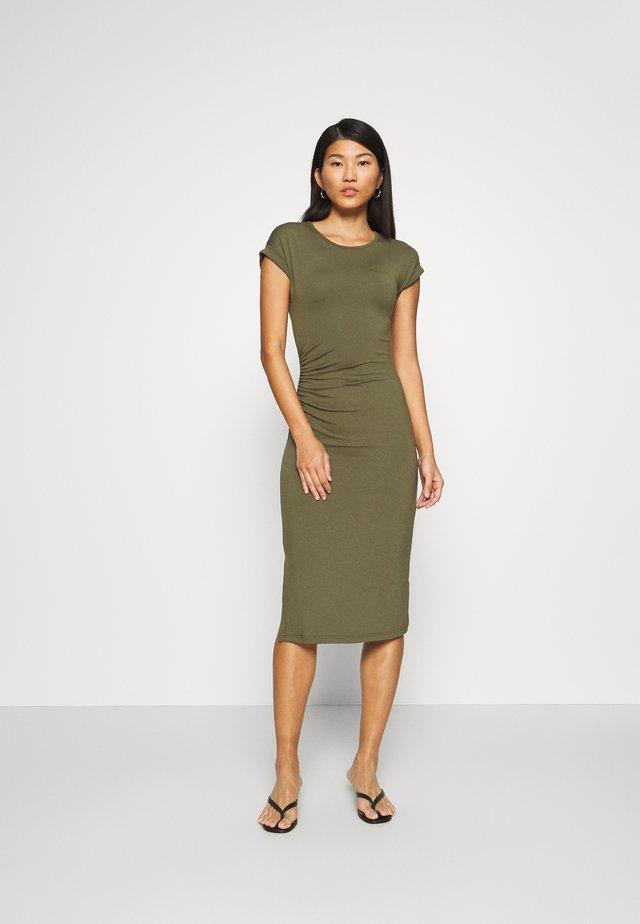 Pouzdrové šaty - olive