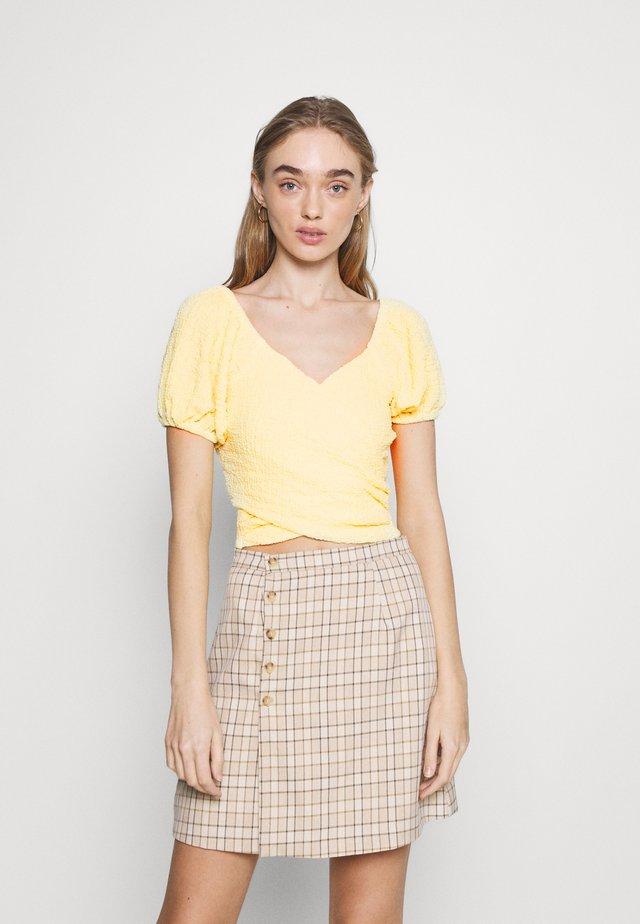 SANABRIA - Blouse - yellow