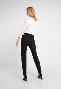 Bogner - LINDY - Spodnie materiałowe - black - 2