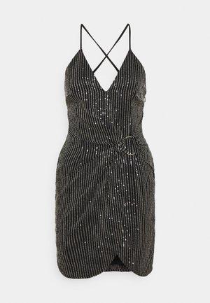 PREMIUM PARTY CROSS BACK TWIST FRONT MINI DRESS - Koktejlové šaty/ šaty na párty - black
