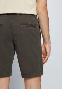 BOSS - SCHINO - Shorts - anthracite - 3