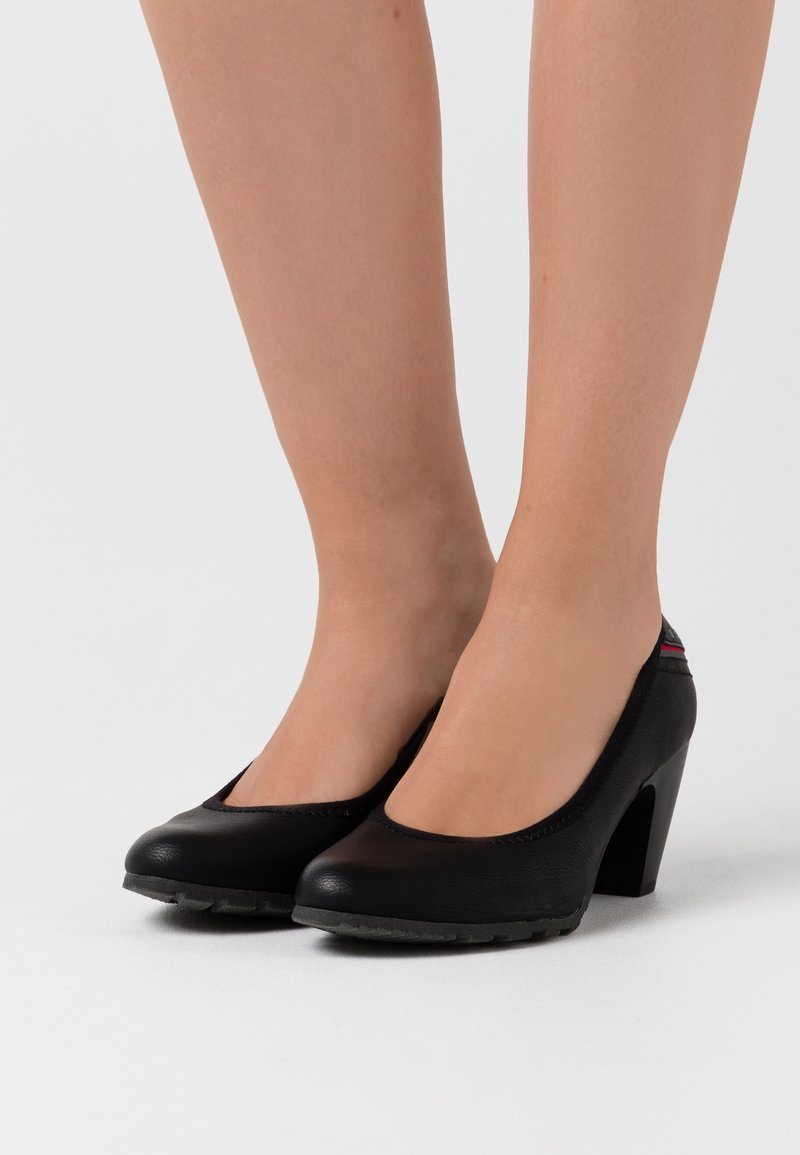s.Oliver - COURT SHOE - Escarpins - black