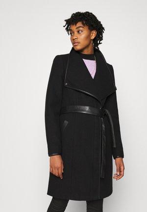 VMWATERFALL CLASS - Classic coat - black