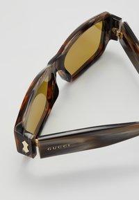 Gucci - Occhiali da sole - brown - 2