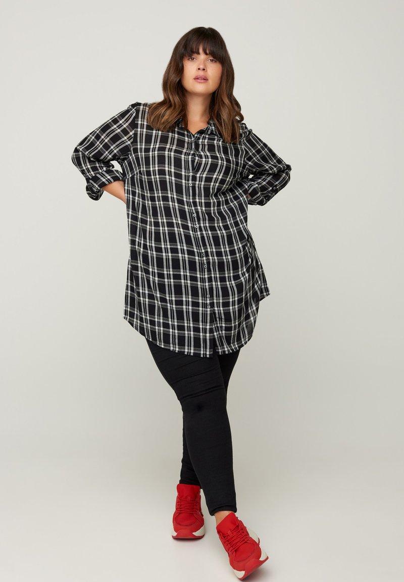 Zizzi - Button-down blouse - black comb
