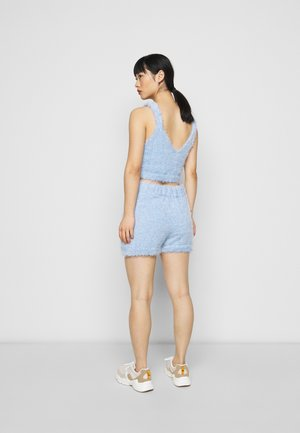 EYELASH TOP AND SHORT SET - Kraťasy - light blue