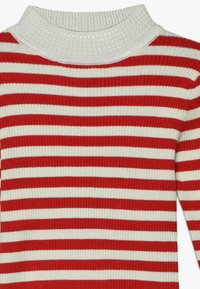 Scotch & Soda - HIGH NECK PULL - Neule - red/off white - 3