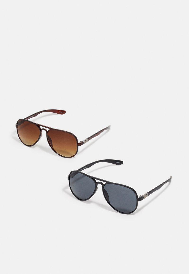 Jack & Jones - JACAVIATAS SUNGLASSES 2 PACK - Sunglasses - black/brown