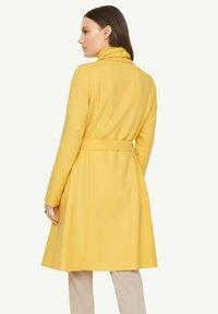 comma - Classic coat - yellow - 2